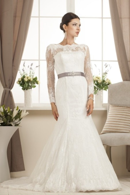 Relevance Bridal wedding gown Brittany