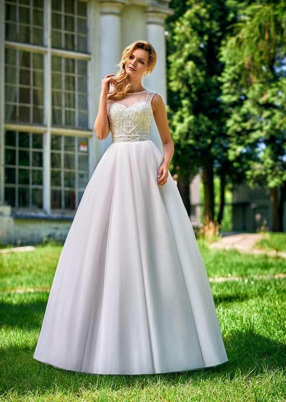 2cf10cfaee Suknie ślubne Inspirations z kolekcji Relevance Bridal na rok 2018