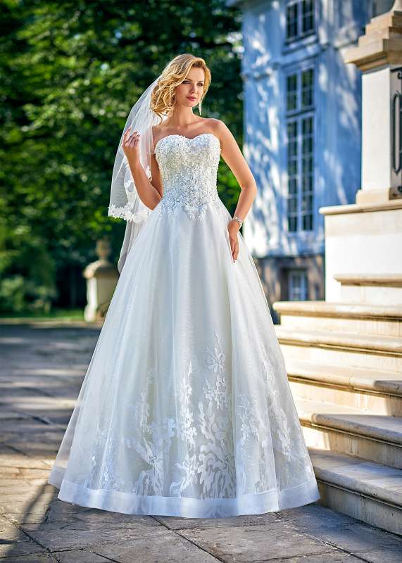 Bridal Gowns Inspirations - Wedding Collection for 2018 - Relevance ...